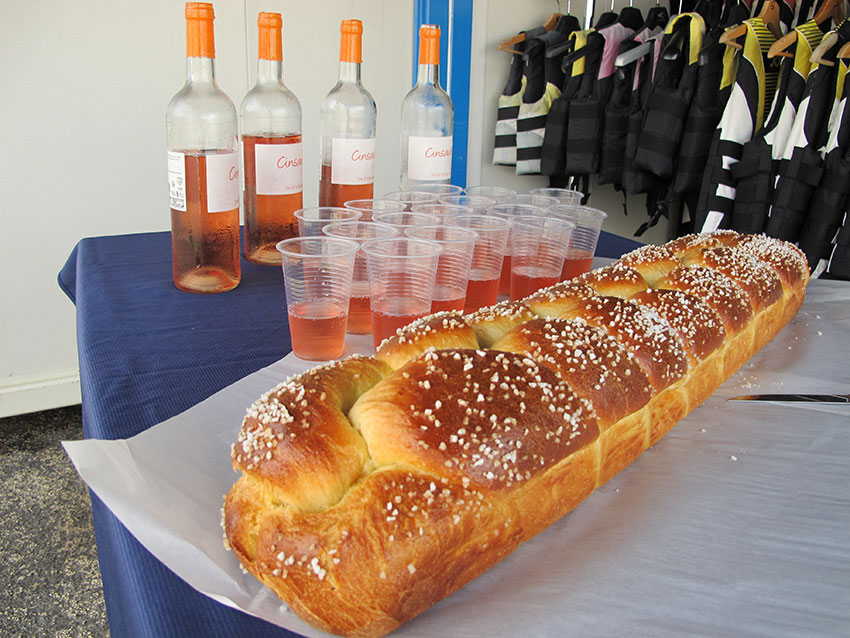 degustation-brioche-evg-vendee-scoot-wave